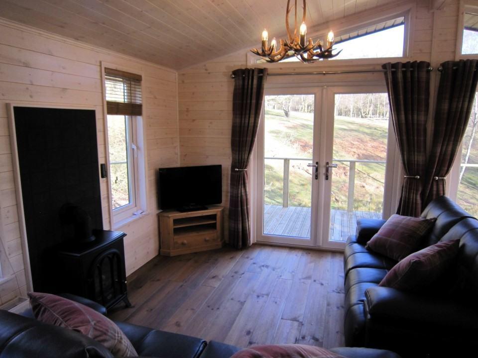 lounge-area-custom