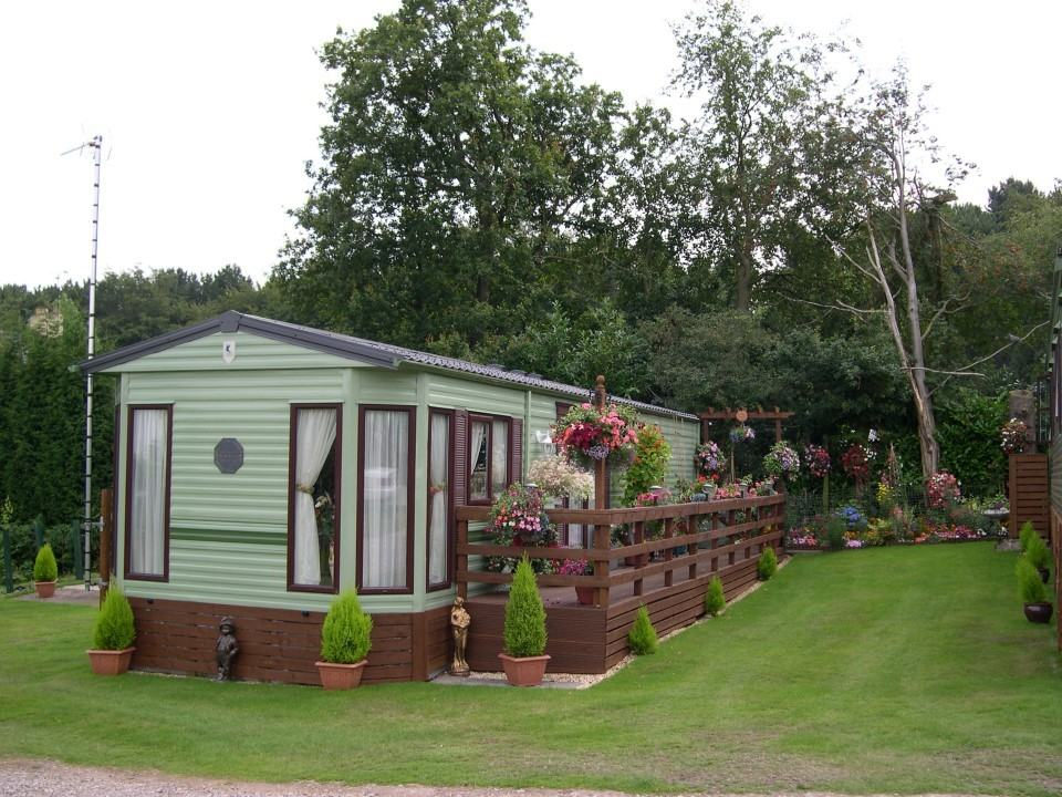 holiday lodges staffordshire